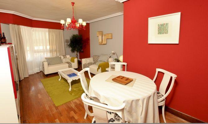Salones de colores muebles amets - Pintar comedor dos colores ...