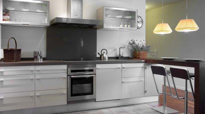 Decorar la cocina en blanco todo un acierto muebles amets for Configurador cocinas