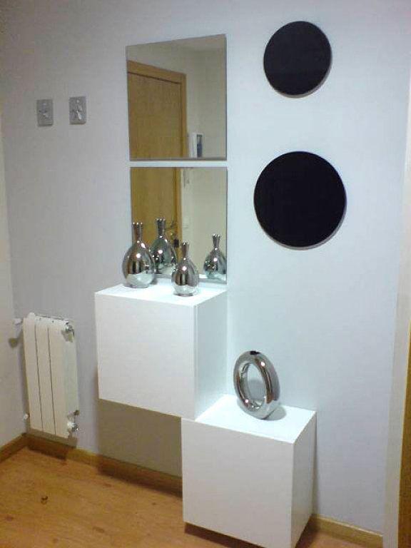 Tendencias actuales de recibidores y pasillos muebles amets - Recibidores con estilo ...