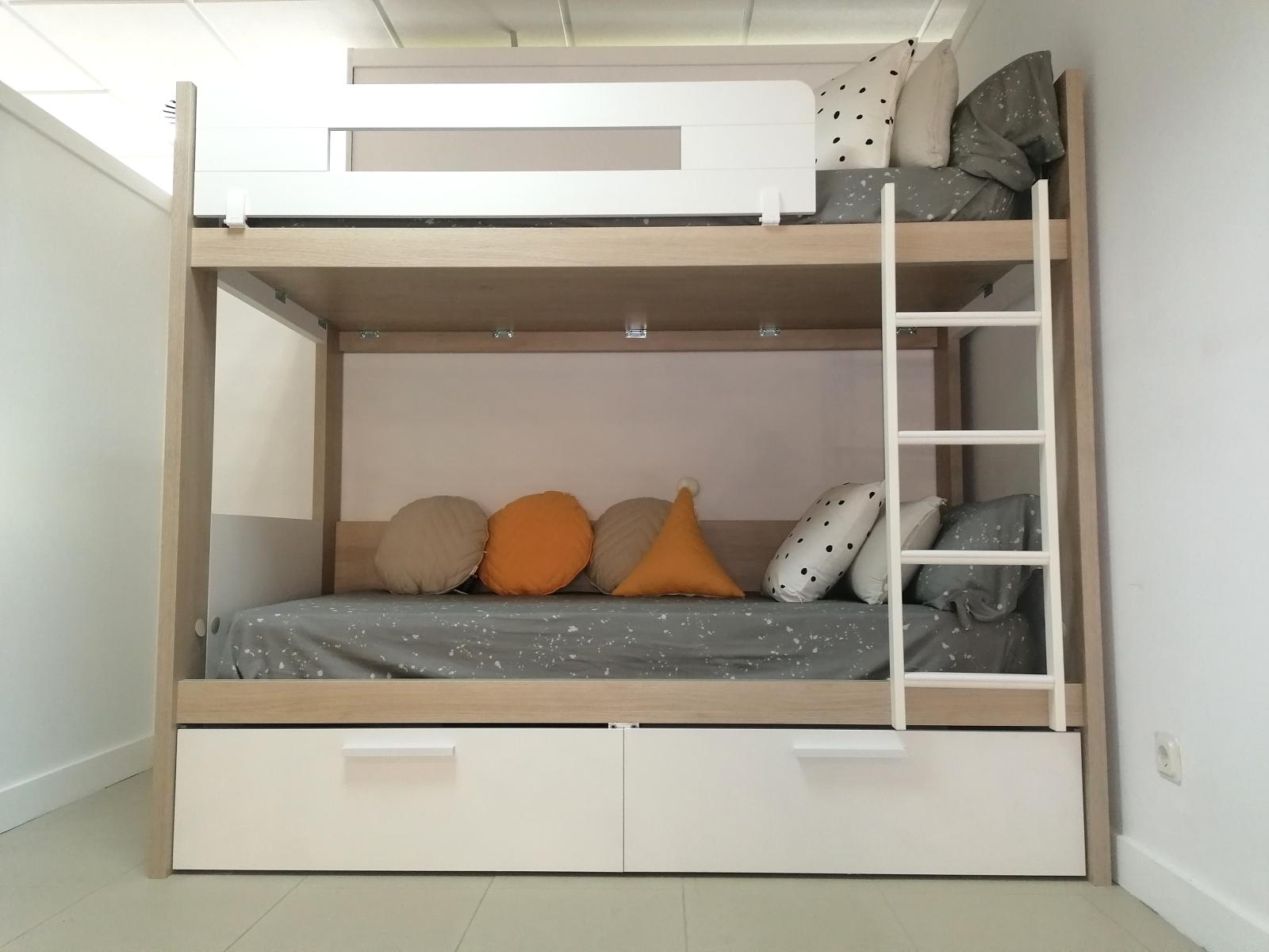 Galeria-Juveniles-Expo-Muebles-Amets-3